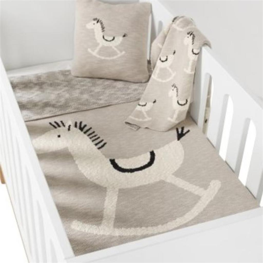Dekentje tricot on the go Quax - rocking horse