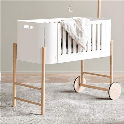 Wieg (co-sleeper, wit/eik) Oliver furniture